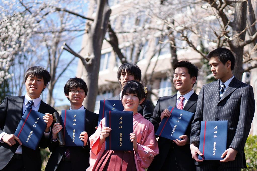足立研卒業生6名